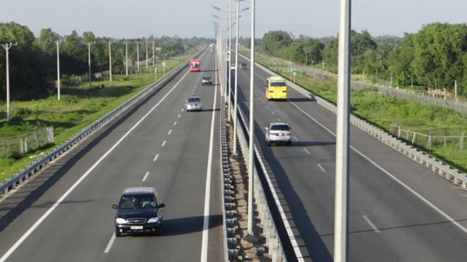 Kinh nghiệm lái xe đường dài trong dịp nghỉ lễ 30/4 - Hình 4