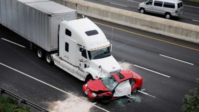 Kinh nghiệm lái xe đường dài trong dịp nghỉ lễ 30/4 - Hình 5
