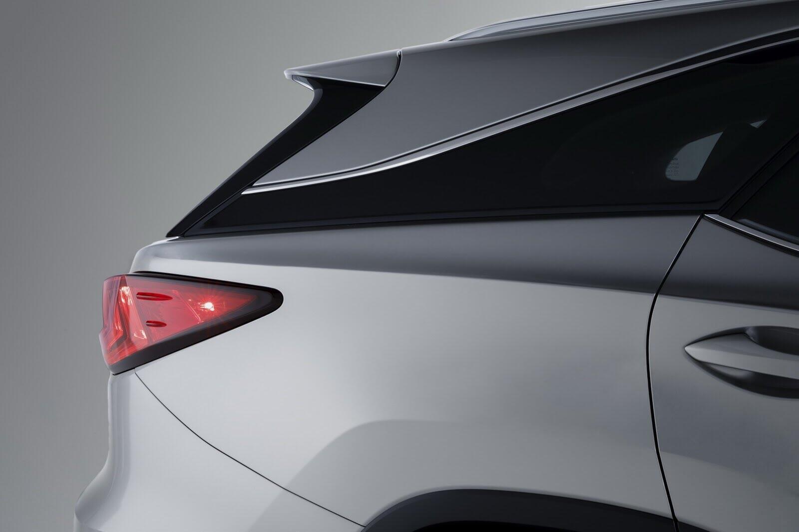 [LAAS 2017] Lexus RXL 2018 ba hàng ghế, 7 chỗ, có giá bán từ 47.000 USD tại Mỹ - Hình 8