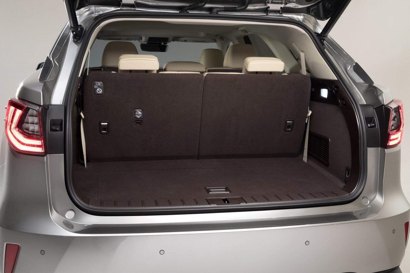 [LAAS 2017] Lexus RXL 2018 ba hàng ghế, 7 chỗ, có giá bán từ 47.000 USD tại Mỹ - Hình 17