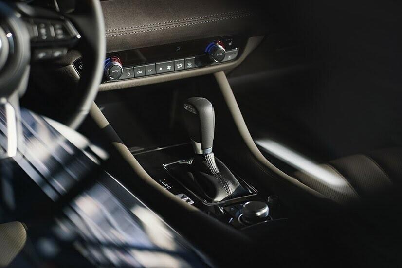 [LAAS 2017] Mazda 6 2018: đẹp hơn, mạnh hơn, công suất 250 mã lực - Hình 14