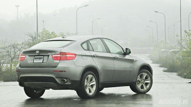 Lái thử BMW X6 trị giá 3,3 tỷ đồng - Hình 1