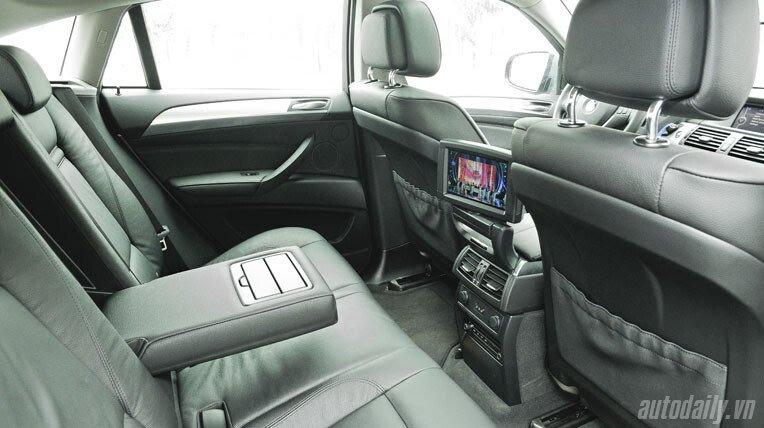 Lái thử BMW X6 trị giá 3,3 tỷ đồng - Hình 10