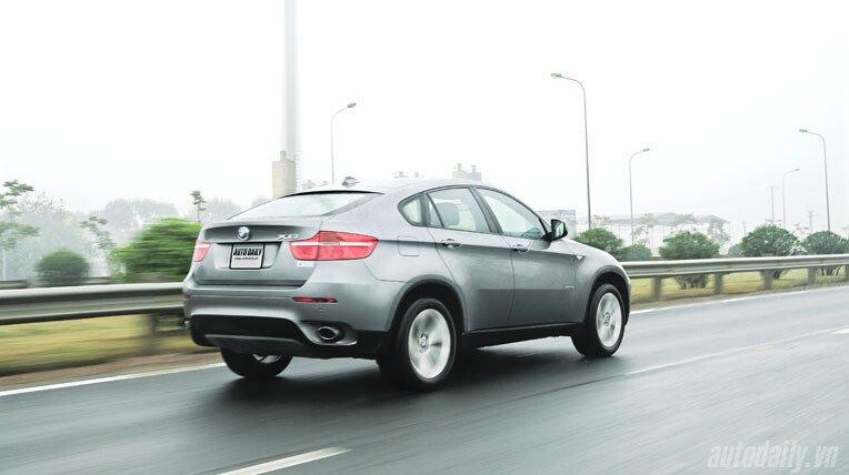 Lái thử BMW X6 trị giá 3,3 tỷ đồng - Hình 12