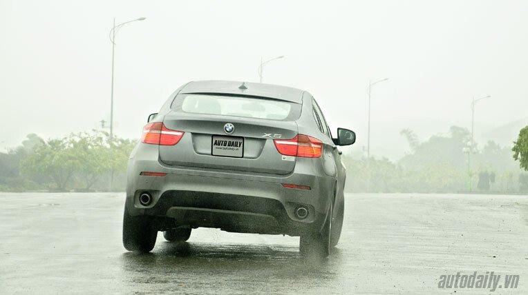 Lái thử BMW X6 trị giá 3,3 tỷ đồng - Hình 14