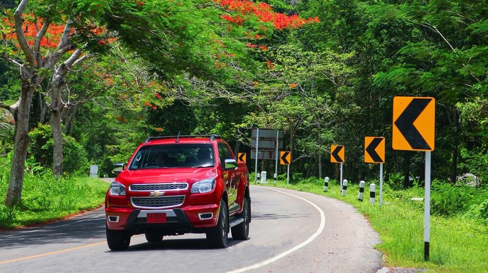 Lái thử Chevrolet Colorado High Country trên đất Thái - Hình 2