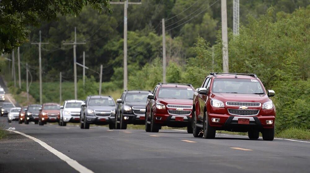 Lái thử Chevrolet Colorado High Country trên đất Thái - Hình 4