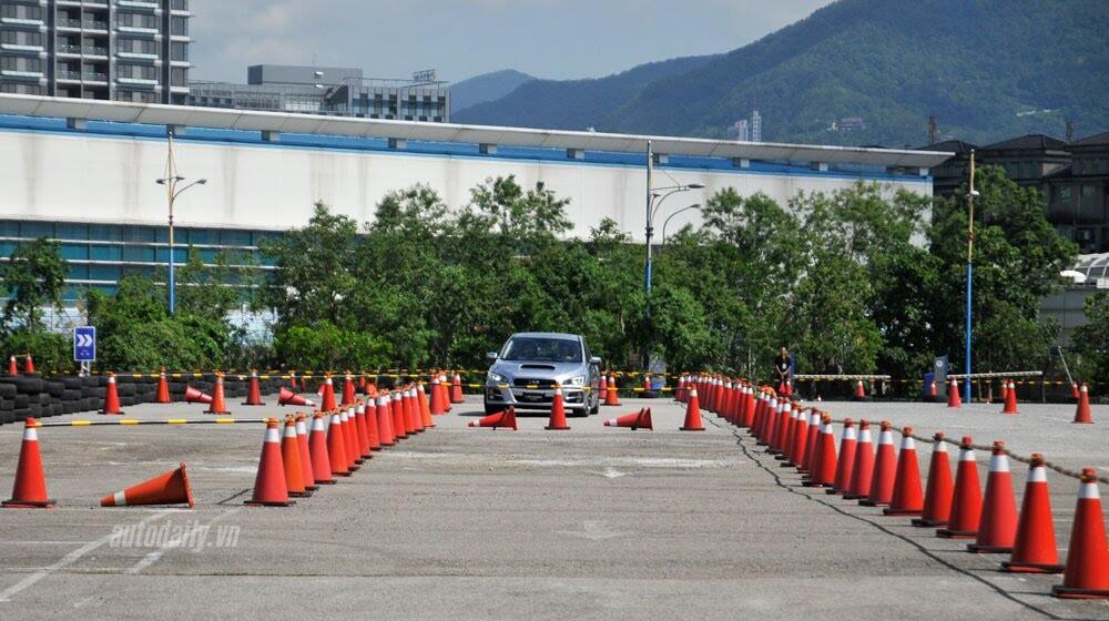 Lái thử Subaru Levorg trên đất bạn - Hình 3