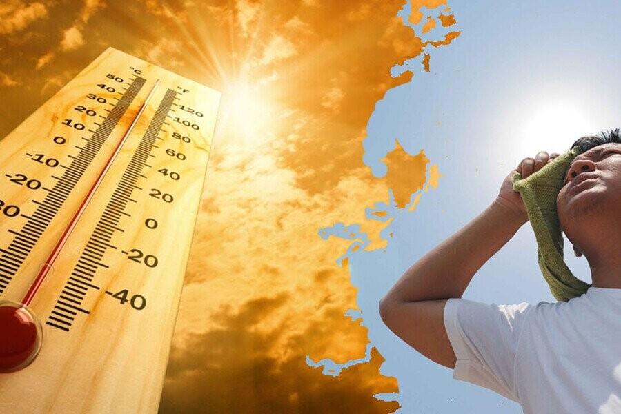 Cung cấp đủ nước cho cơ thể trời nắng nóng