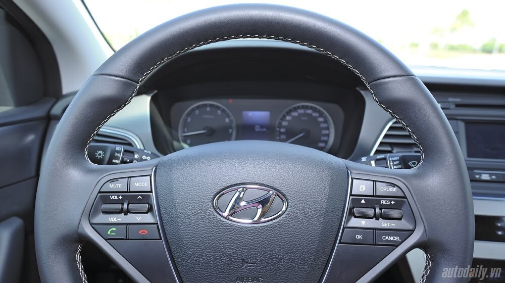 """""""Làm mới"""" mình Hyundai Sonata 2015 """"doạ"""" các đối thủ? - Hình 16"""