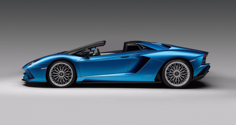 Lamborghini Aventador S Roadster chính thức lộ diện, giá từ 460.000 USD - Hình 3