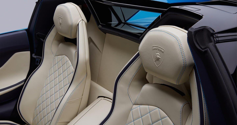 Lamborghini Aventador S Roadster chính thức lộ diện, giá từ 460.000 USD - Hình 11