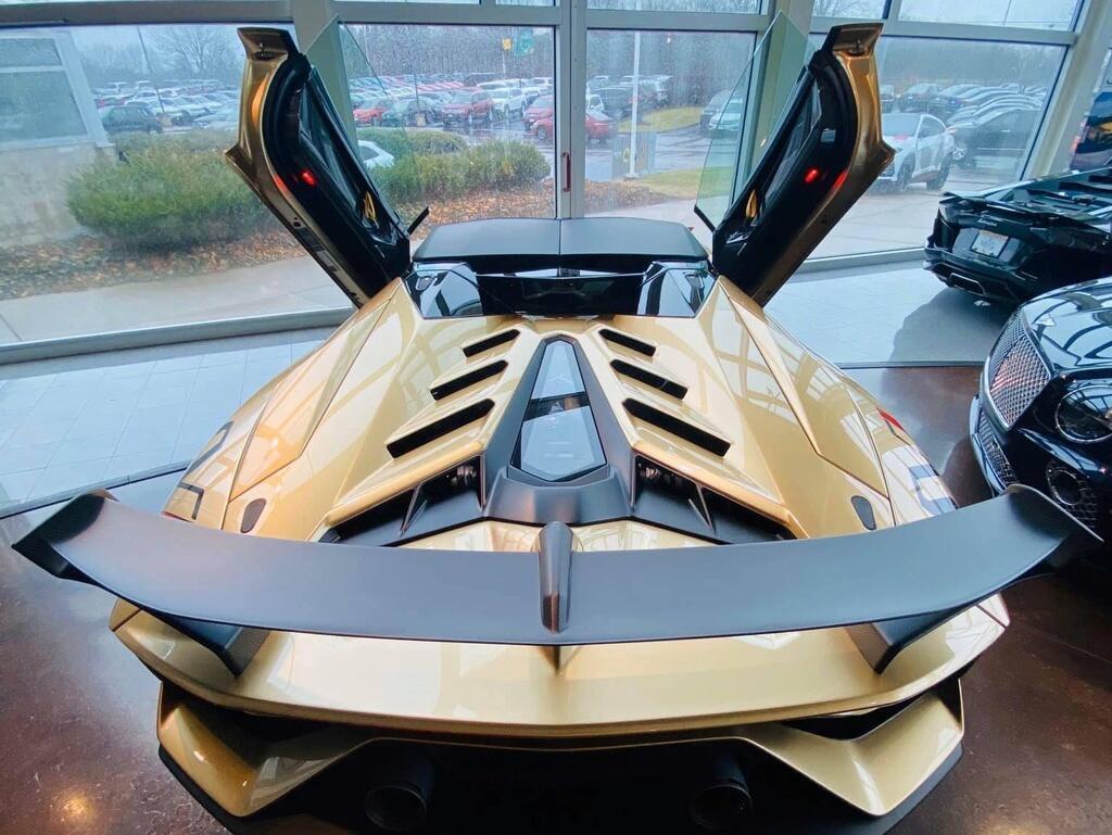 Nguoi Viet dau tien tau Lamborghini Aventador SVJ Roadster hinh anh 5 LamSVJ_6.jpg