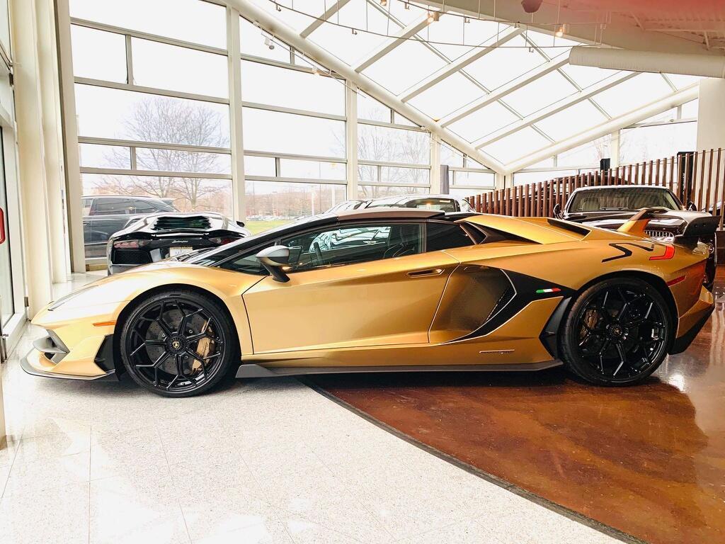 Nguoi Viet dau tien tau Lamborghini Aventador SVJ Roadster hinh anh 8 LamSVJ_4.jpg