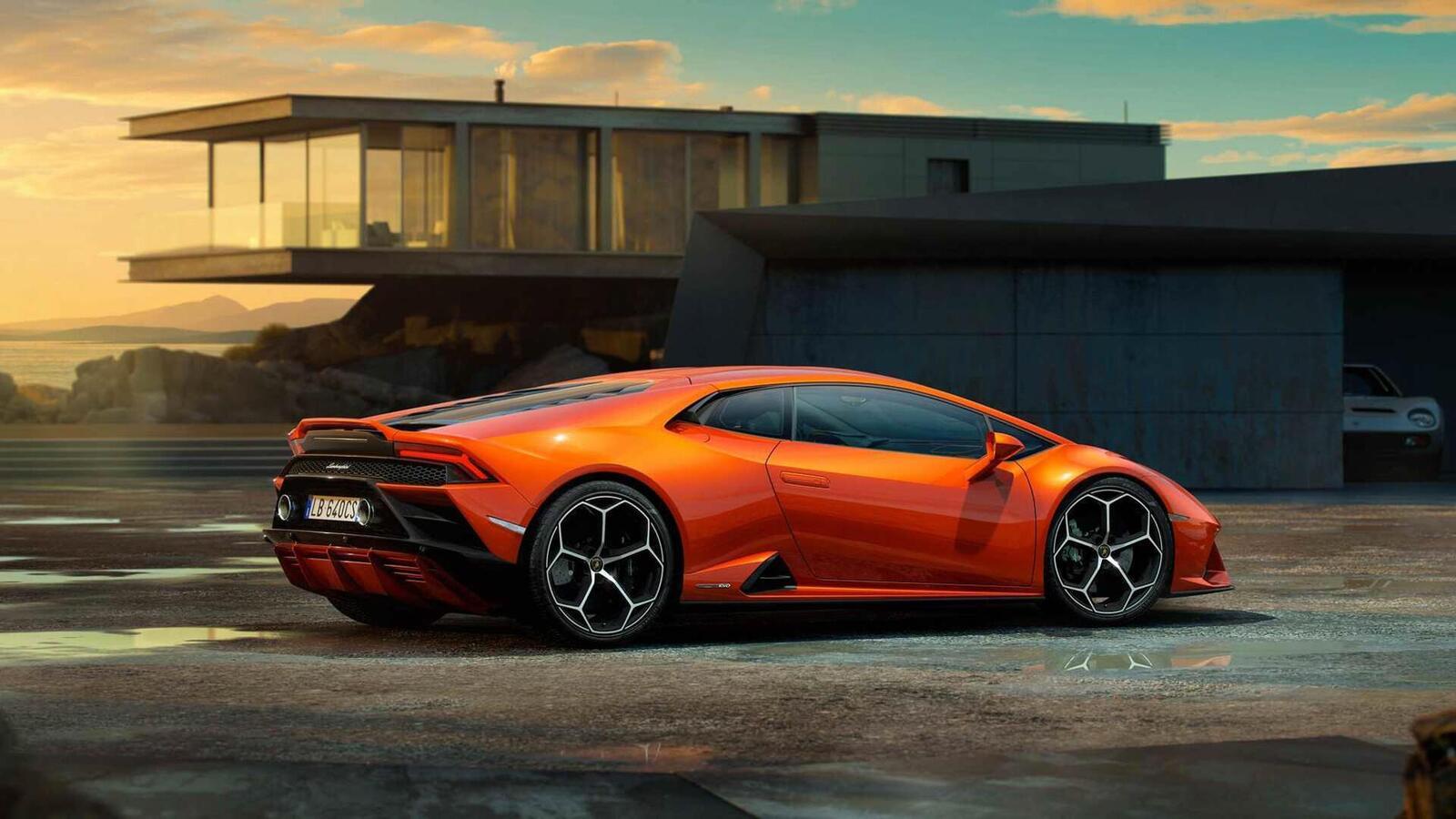 Lamborghini giới thiệu Huracan EVO mới với sức mạnh 640 mã lực - Hình 10