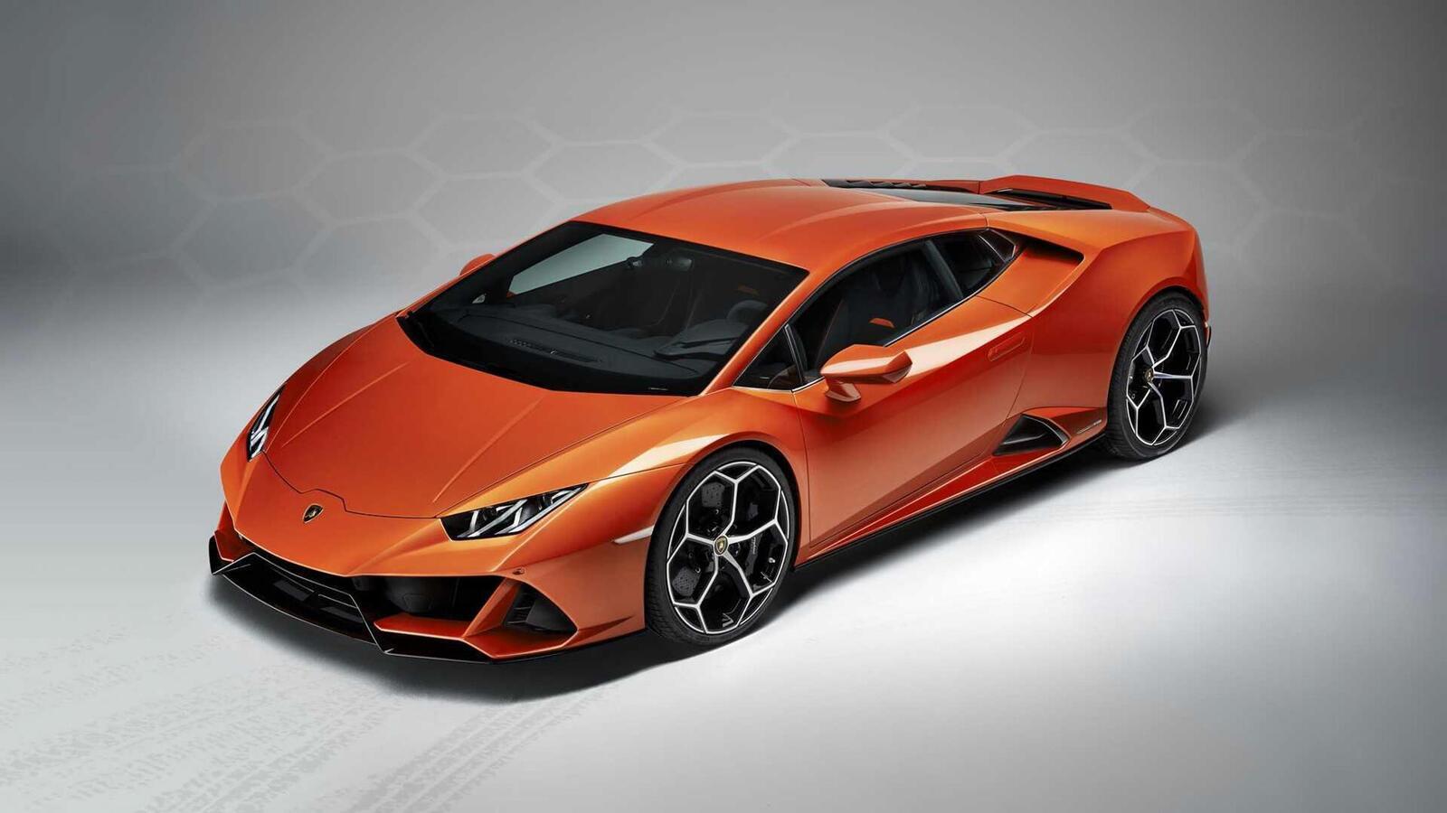 Lamborghini giới thiệu Huracan EVO mới với sức mạnh 640 mã lực - Hình 13