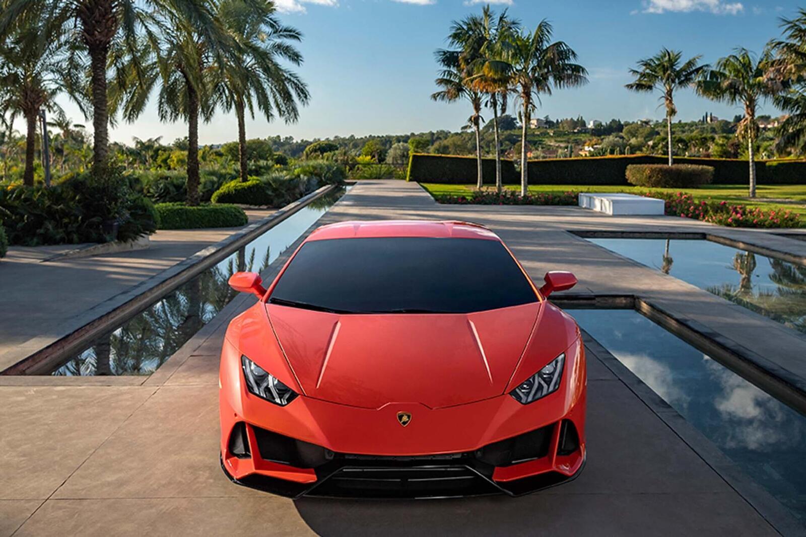 Lamborghini giới thiệu Huracan EVO mới với sức mạnh 640 mã lực - Hình 19