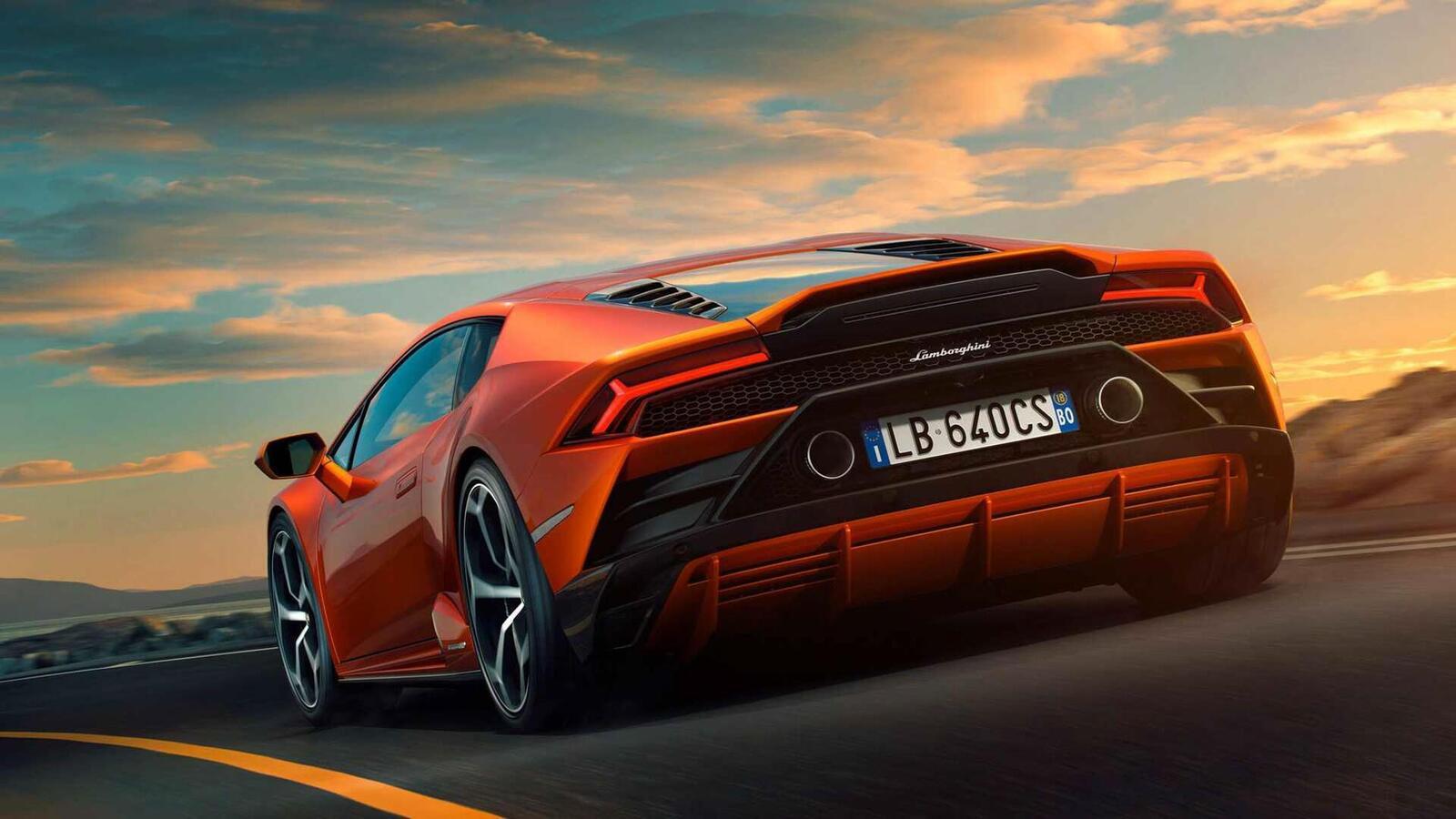 Lamborghini giới thiệu Huracan EVO mới với sức mạnh 640 mã lực - Hình 7