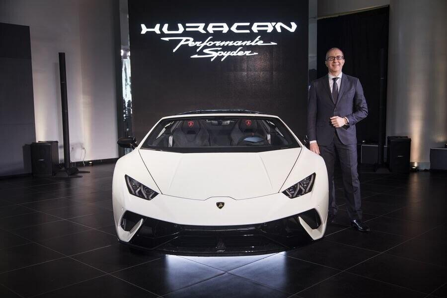 Lamborghini Huracan Performante Spyder hạ cánh tại đất Mỹ, với giá từ 7 tỷ VNĐ - Hình 9