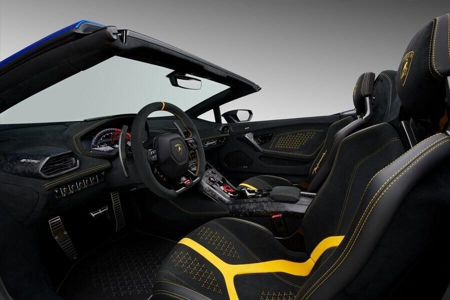Lamborghini Huracan Performante Spyder hạ cánh tại đất Mỹ, với giá từ 7 tỷ VNĐ - Hình 10