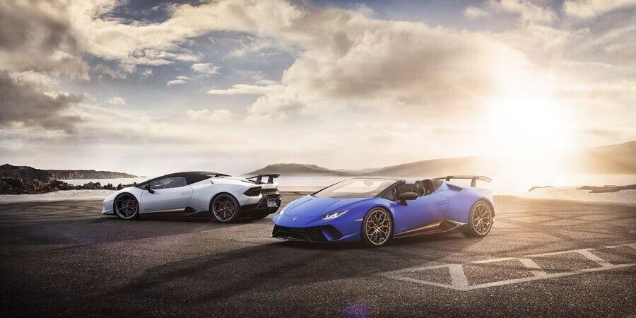 Lamborghini Huracan Performante Spyder hạ cánh tại đất Mỹ, với giá từ 7 tỷ VNĐ - Hình 12
