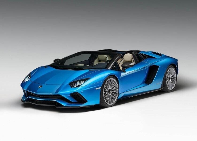 Lamborghini xác nhận đang phát triển một phiên bản mạnh mẽ hơn của Huracan - Hình 3