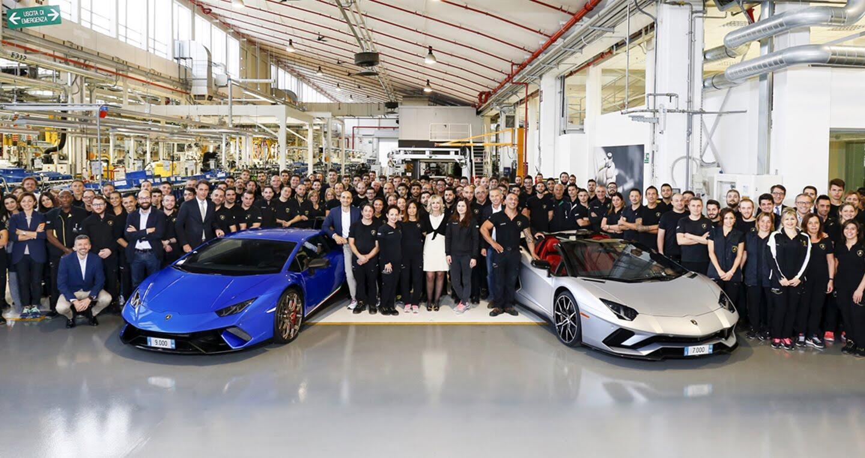 Lamborghini xuất xưởng 7.000 chiếc Aventador và 9.000 chiếc Huracan - Hình 1