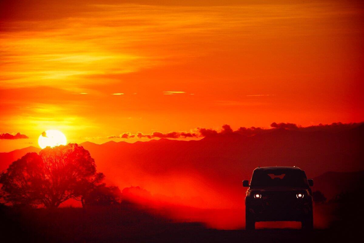 Land Rover Defender 2020 thử thách sức bền tại Kenya, chuẩn bị ra mắt trong năm nay - Hình 11