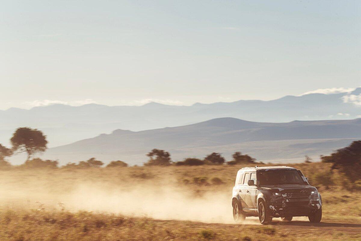 Land Rover Defender 2020 thử thách sức bền tại Kenya, chuẩn bị ra mắt trong năm nay - Hình 4