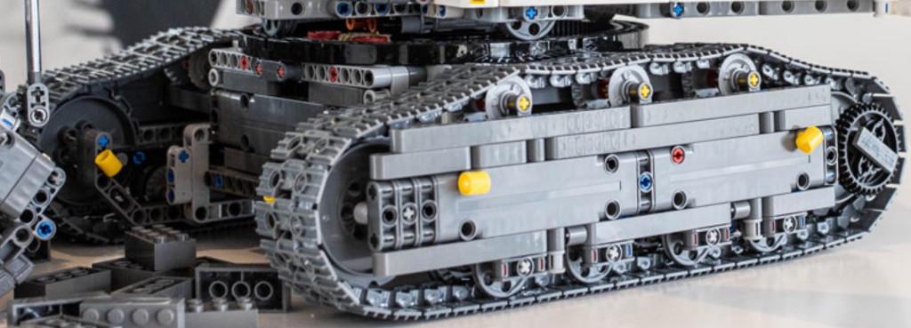 lego-sap-ra-mat-4100-manh-tech-liebherr-r-9800-3.jpg