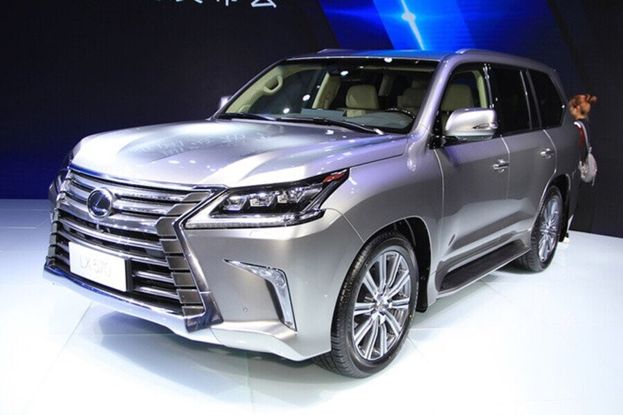 Tổng quan Lexus LX 570