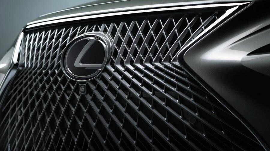 Lexus chấp nhận làm mất lòng nhiều khách hàng với xu hướng thiết kế mới - Hình 2