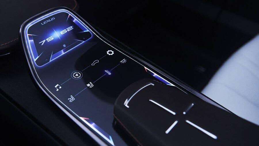 Lexus chấp nhận làm mất lòng nhiều khách hàng với xu hướng thiết kế mới - Hình 12