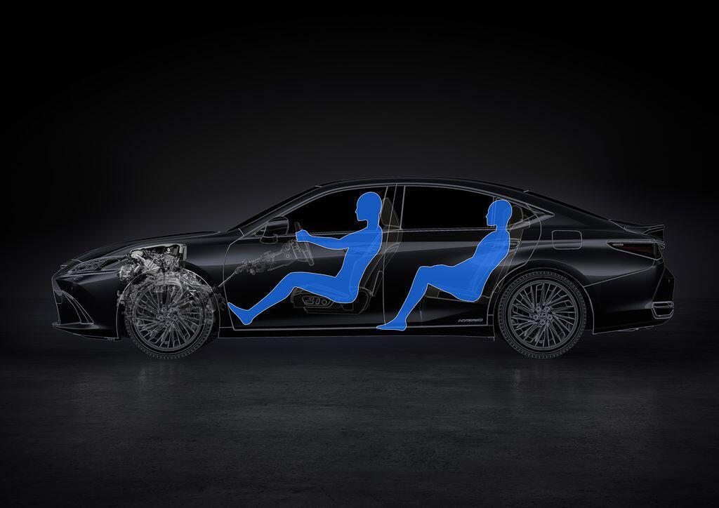 Lexus ES 250 mới chính thức được giới thiệu tại Việt Nam - Hình 9