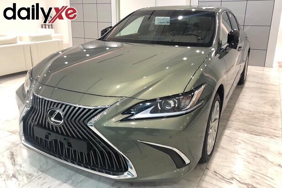 Lexus ES250 - Hình 5