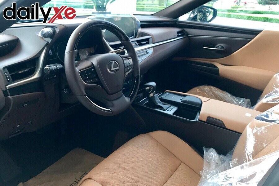 Lexus ES250 - Hình 6