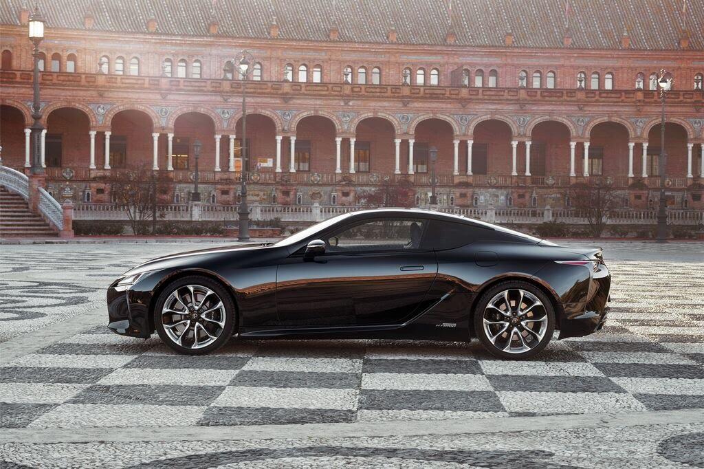 Lexus LC sẽ đến Triển lãm Ô tô Việt Nam 2017 - Hình 2
