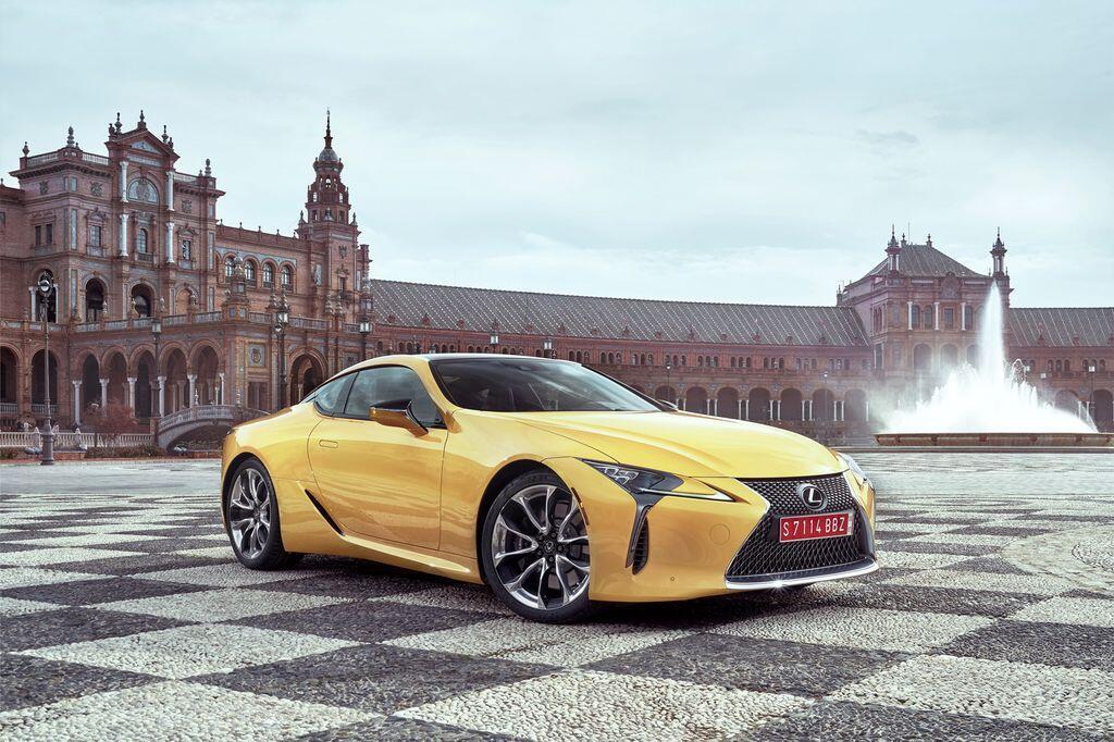 Lexus LC sẽ đến Triển lãm Ô tô Việt Nam 2017 - Hình 4