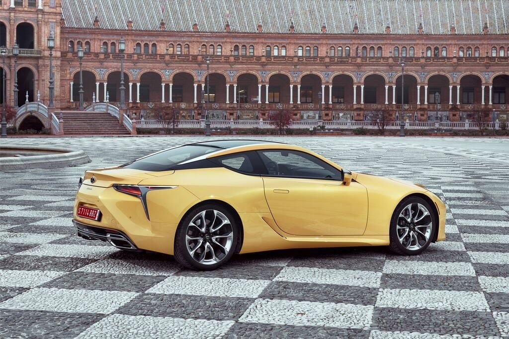 Lexus LC sẽ đến Triển lãm Ô tô Việt Nam 2017 - Hình 7