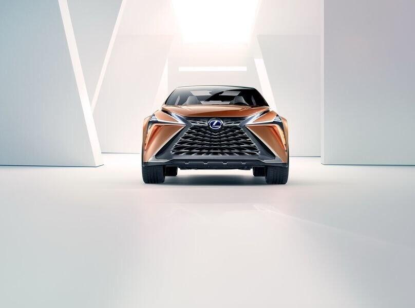 Lexus LF-1 Limitless Concept mới - crossover hàng đầu của Lexus trình làng - Hình 6
