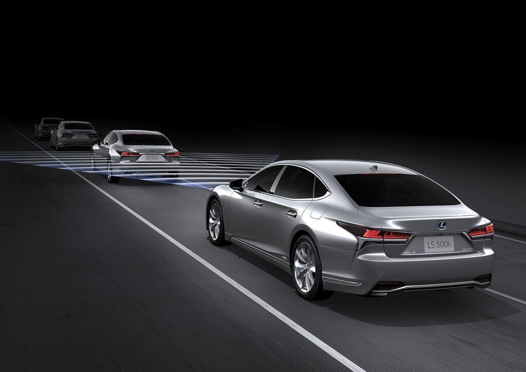 Lexus LS 2019 chính thức ra mắt thị trường Việt Nam, giá từ 7,080 tỷ đồng - Hình 1