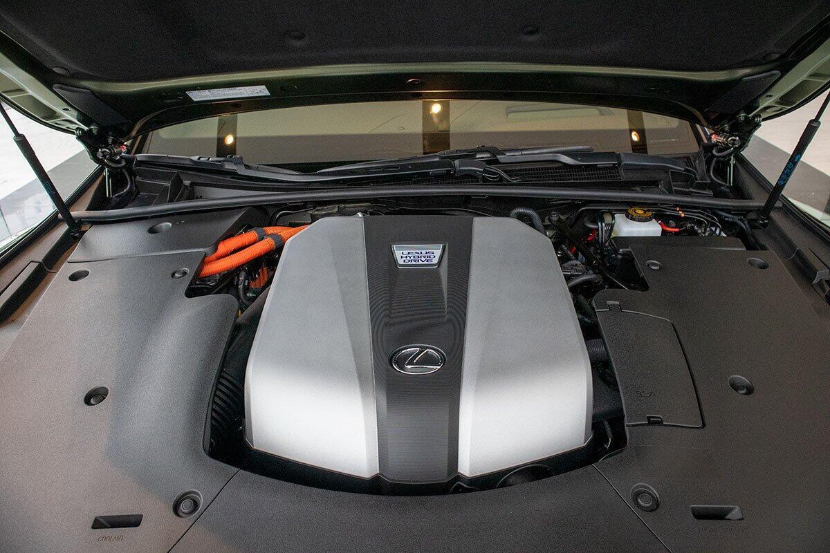 lexus-ls500h-2020-ban-gioi-han-dau-tien-tai-ha-noi