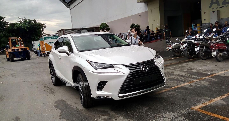 Lexus NX 2018 sẵn sàng ra mắt người tiêu dùng Việt - Hình 3