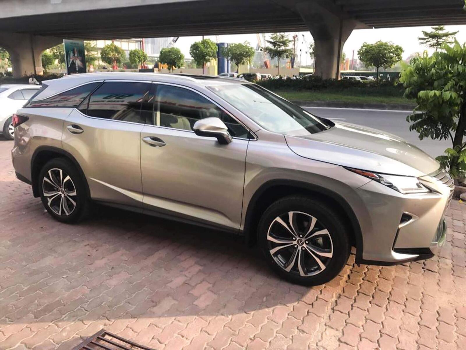 Lexus RX 350L 2018 phiên bản 7 chỗ đã về Việt Nam; giá không dưới 4,9 tỷ đồng - Hình 1