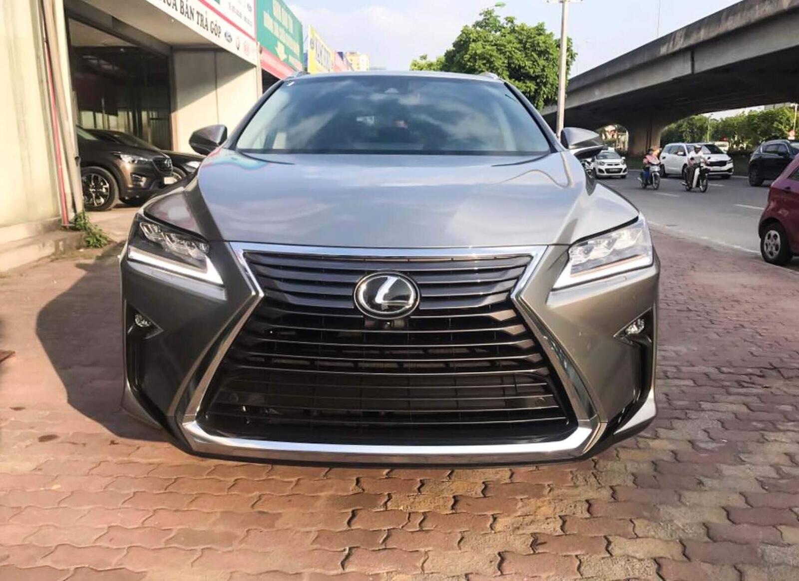 Lexus RX 350L 2018 phiên bản 7 chỗ đã về Việt Nam; giá không dưới 4,9 tỷ đồng - Hình 2