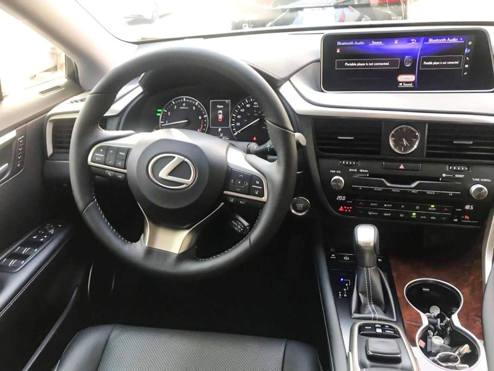 Lexus RX 350L 2018 phiên bản 7 chỗ đã về Việt Nam; giá không dưới 4,9 tỷ đồng - Hình 6