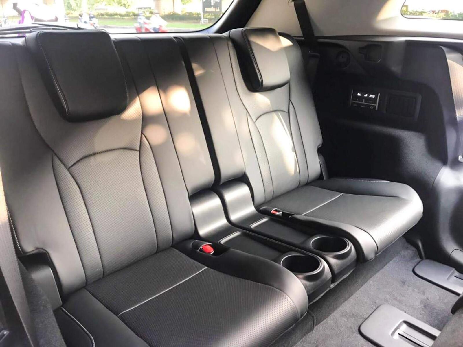 Lexus RX 350L 2018 phiên bản 7 chỗ đã về Việt Nam; giá không dưới 4,9 tỷ đồng - Hình 11