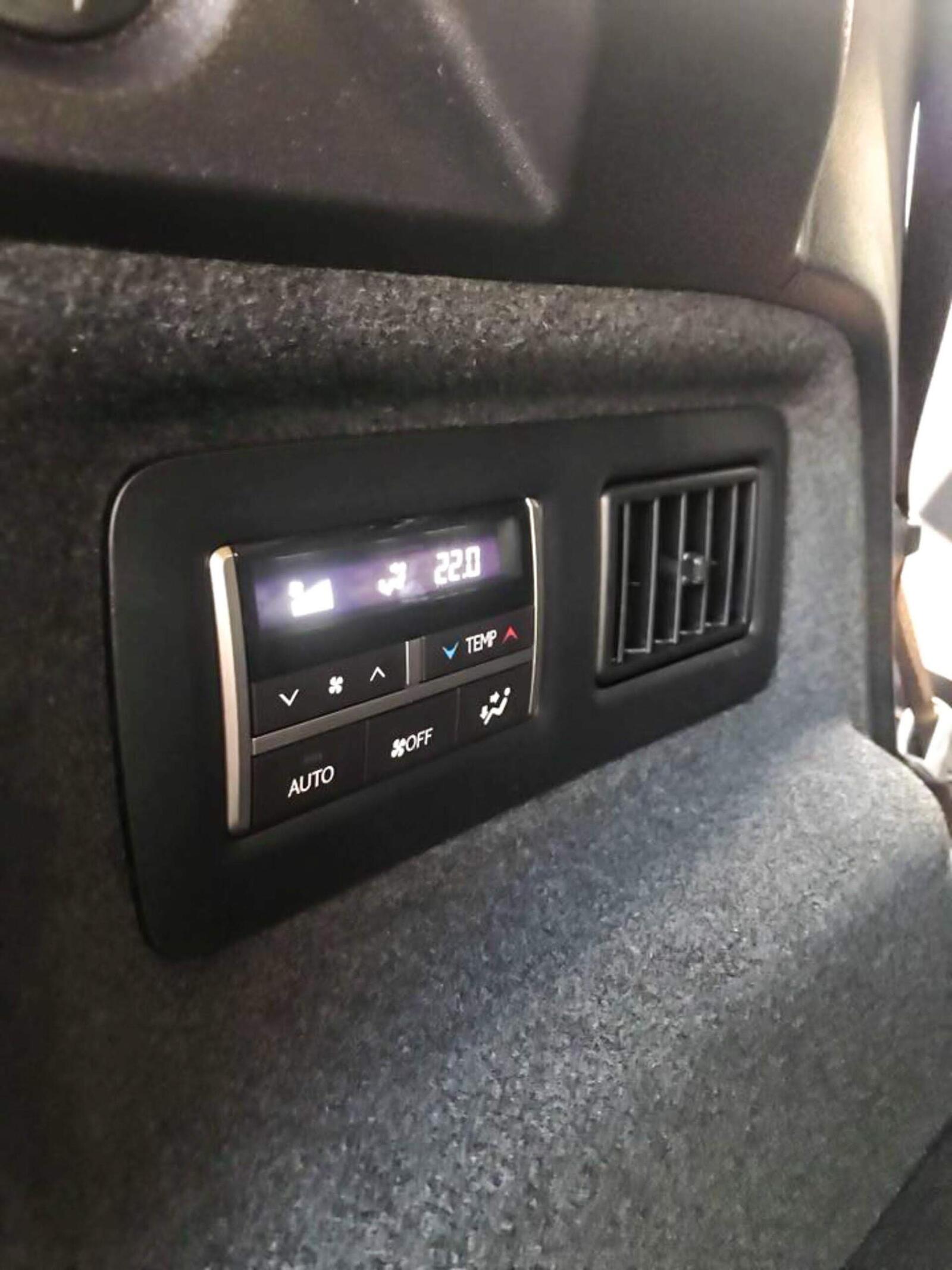 Lexus RX 350L 2018 phiên bản 7 chỗ đã về Việt Nam; giá không dưới 4,9 tỷ đồng - Hình 12