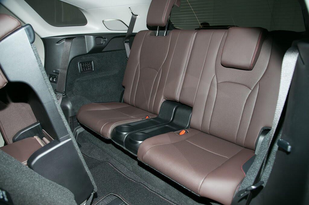 Lexus RX L 2018 ra mắt, bổ sung hàng ghế thứ 3 - Hình 5