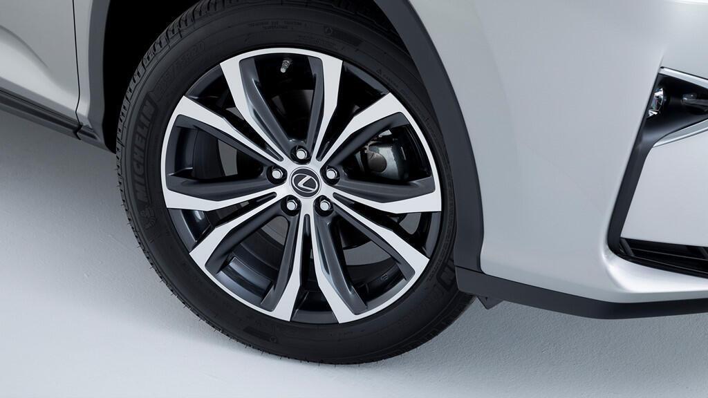 Lexus RX450hL 2019 7 chỗ giá từ 68.000 USD - Hình 5